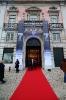 Passadeira vermelha à entrada do Palácio Foz